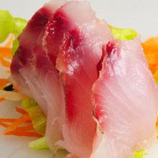 Tiradito de pescado blanco
