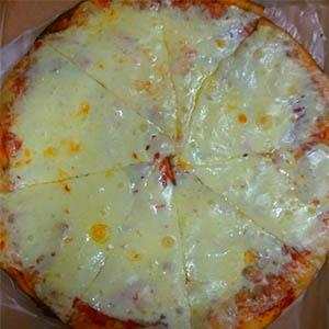 Pizzeta muzzarella al tacho (8 porciones)