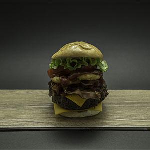 C4 Burger con pan libre de gluten con fritas