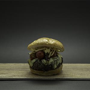 Tnt Burger con pan libre de gluten con fritas