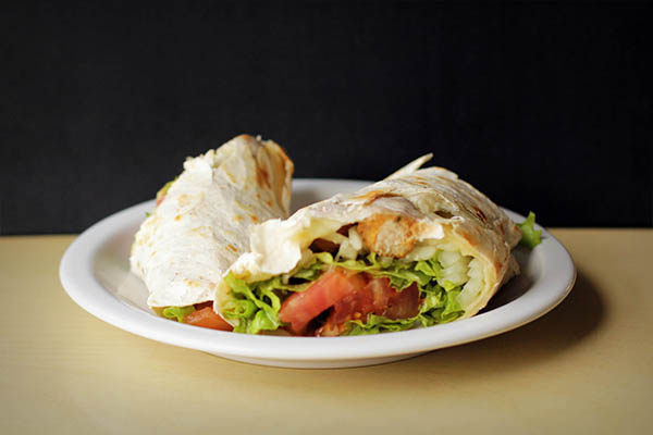 Wraps de pollo crispy con guarnicion