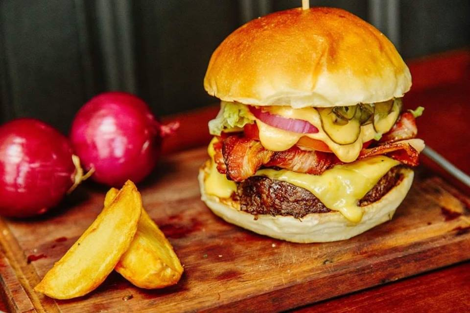 Burger Bros con guarnicion