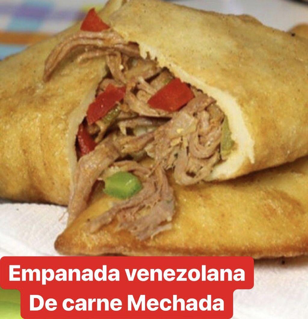 Empanada de pabellon venezolano