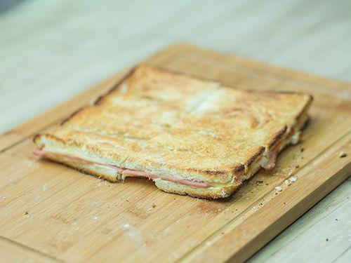 Sandwich caliente comun