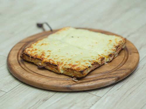 Sandwich caliente con muzzarella