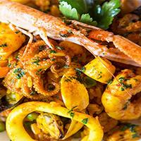 Paella de frutos del mar