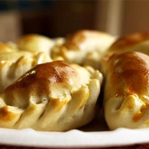 -Canje- Empanada de jamon y queso